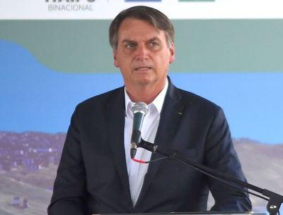 Ordenan a Bolsonaro explicar decreto de portación de armas