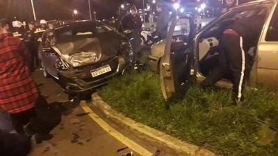 Semáforo sin funcionar ocasiona accidente en Encarnación