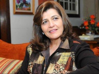 Blanca Ovelar: «el intendente no tiene oposición»