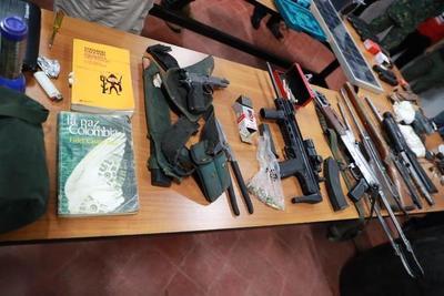 Mandatario felicita a FTC por operativo contra grupo criminal ACA en Horqueta