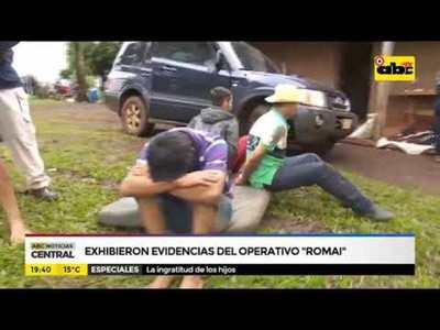 Exhibieron evidencias del operativo Romai