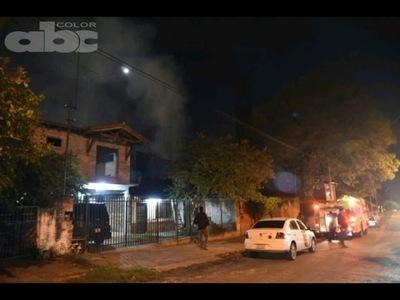 Una casa se incendió dos veces en una noche