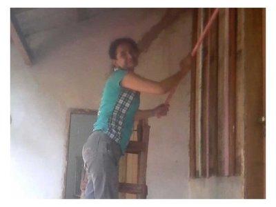 Mamá de siete hijos ganó un terreno para su primera casa