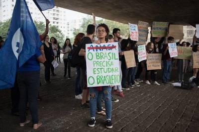 Sociología, filosofía y ciencias, son atacadas por Bolsonaro