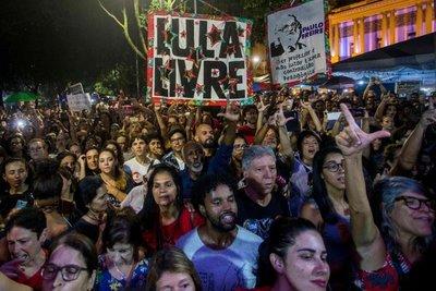 Movilización contra la política educativa de Bolsonaro