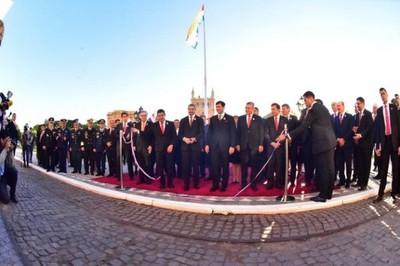 Habilitan adoquinado frente al Palacio de López
