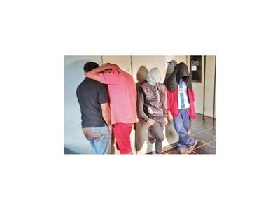 Cuatro recluidos por violar y filmar a un adolescente