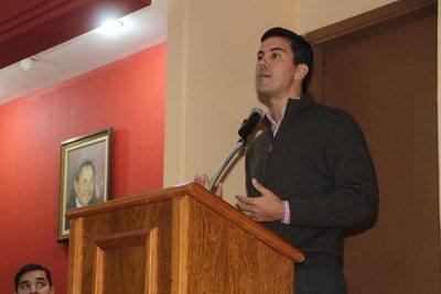 Santiago Peña considera inviables los proyectos de jubilación médica y Ñane Energía