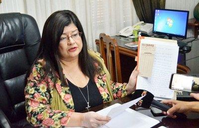 Caso Cucho:Denunciarán a Llanes por supuesta producción de documentos falsos