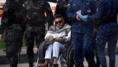 Ex líder de las FARC Jesús Santrich es recapturado a su salida de prisión