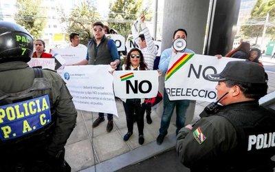 Almagro indigna a opositores bolivianos