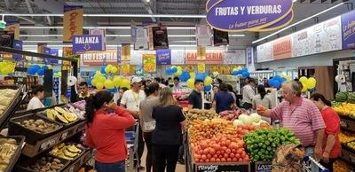Centros comerciales en lo suyo; remarcan sus precios