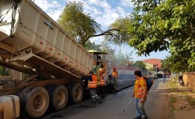 HOY / Intensas labores para poner a punto las calles de San Lorenzo