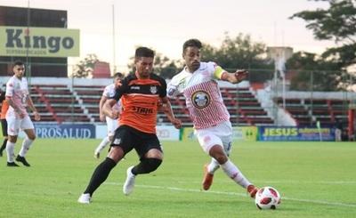 El Rayadito cierra el Apertura con victoria