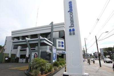 Presidente del Banco Basa dice que entidad no es investigada en Brasil