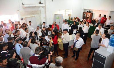 Inicia revisión de contratos irregulares en la Municipalidad de Ciudad del Este