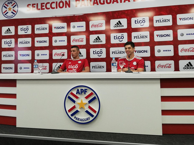 Conferencia de prensa de Óscar Cardozo y Rodrigo Rojas