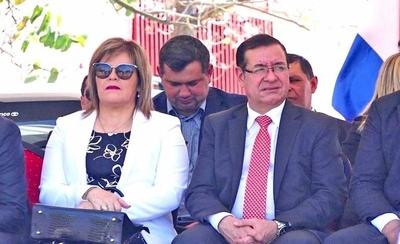 HOY / Ni su casa justifica Cuevas con 5 años de sueldo como gobernador