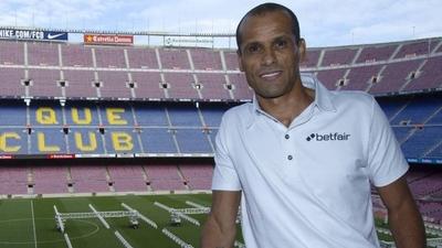 """HOY / Rivaldo cree que Neymar está """"arrepentido"""" de dejar el Barcelona"""