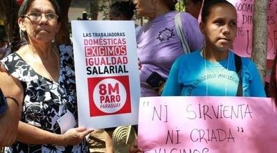 HOY / Trabajo doméstico: comisión aconseja aprobar el 70 % del mínimo