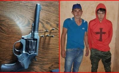 Detienen a hermanos motochorros tras asalto y persecución