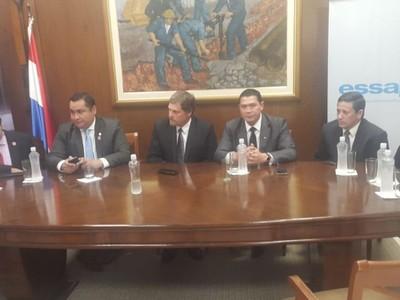 Essap: convenio de cooperación para rehabilitar colectores cloacales en zona del Mercado de Luque