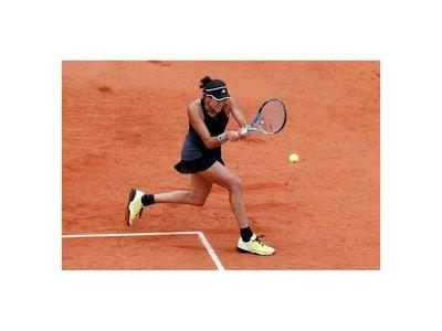 Muguruza gana y se planta en semis de Roland Garros