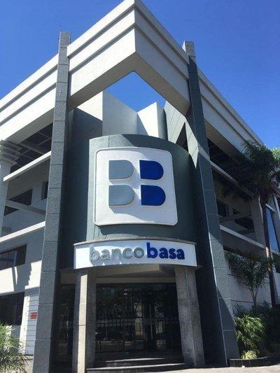 Senadores piden que BCP inspeccione a Basa