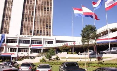HOY / Sobran 300 funcionarios en la Junta Municipal