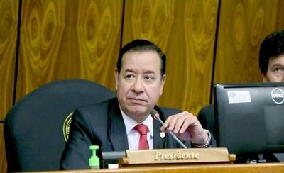 """HOY / """"Más que inocente, soy un perseguido"""", dice Cuevas"""