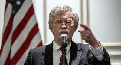 Bolton afirma que la única solución para Venezuela es la salida de Maduro