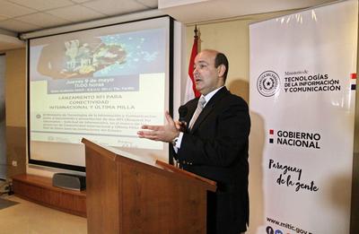 Ministro destaca acciones del Gobierno en el fortalecimiento de las telecomunicaciones