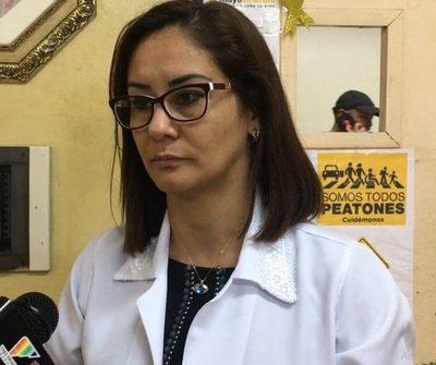 Médicos del Hospital Regional de CDE hacen brazos caídos en rechazo a veto de jubilación
