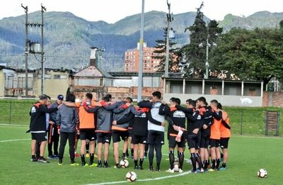 Sol de América y Deportivo Santaní juegan esta noche la Copa Sudamericana