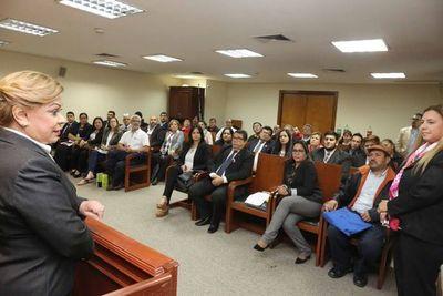 Ministra recibió a gremio de sindicalistas estatales