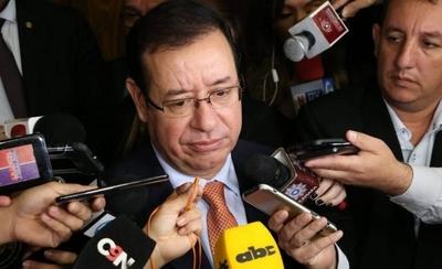 HOY / Zapatero exitoso: Cuevas dice que obtuvo su fortuna en el rubro