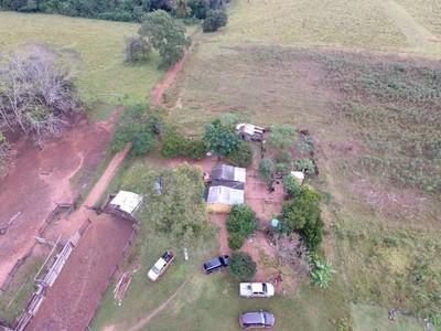 Senabico toma posesión de establecimiento rural empleado supuestamente para el narcotráfico