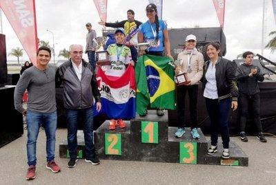 Atletas nacionales se lucen en Río Hondo