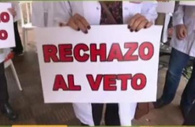 Médicos en pie de guerra por veto parcial