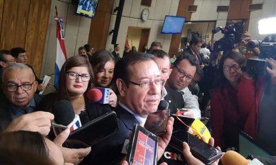 Miguel Cuevas prepara defensa ante investigación de Fiscalía