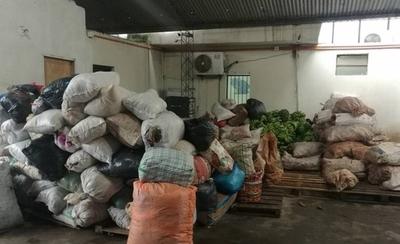 HOY / Campesinos de San Pedro donan sus productos a damnificados por la crecida del río