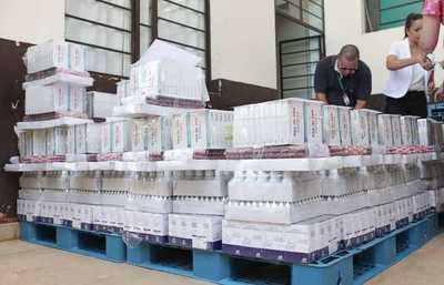 Ministerio de Salud entrega medicamentos para reforzar asistencia a damnificados en Presidente Hayes