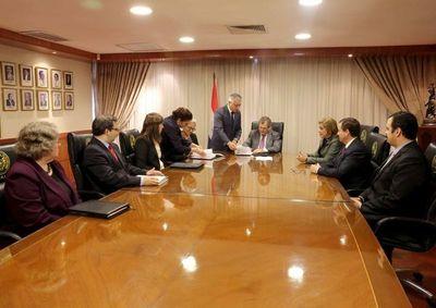 La CSJ y Usaid renuevan compromiso de trabajo conjunto