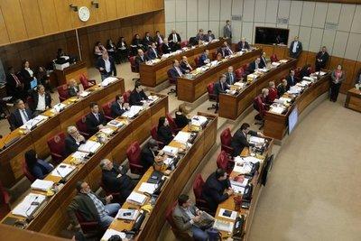 Senado aprueba reparar económicamente a víctimas colaterales de feminicidio