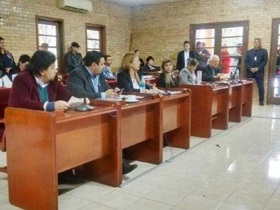 Junta Municipal   cuestiona a   intendente de Ciudad del Este