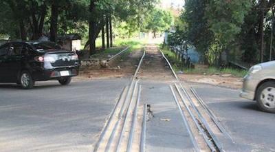 """Fepasa: Existen sectores """"sin nombres"""" que se oponen a la reactivación del tren"""