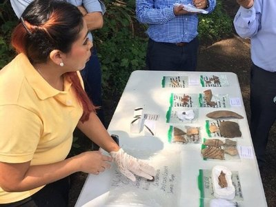 Hallan vasijas y huesos de animales en sitio arqueológico de El Salvador