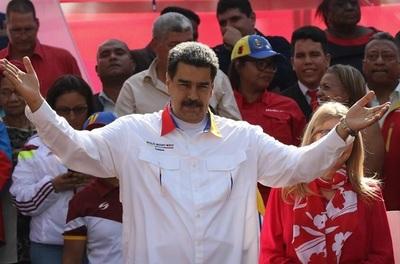 Maduro anuncia que invertirá en Huawei
