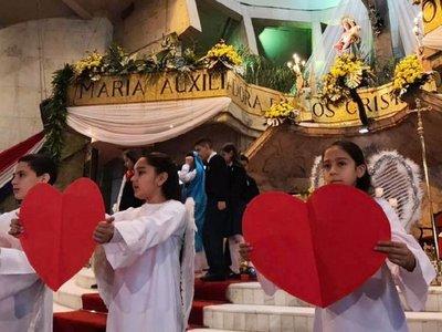 María Auxiliadora: Instan a  ver la realidad con   los ojos y el corazón