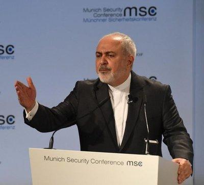 """Irán: refuerzos militares de EE.UU. son una """"amenaza"""" para la paz"""